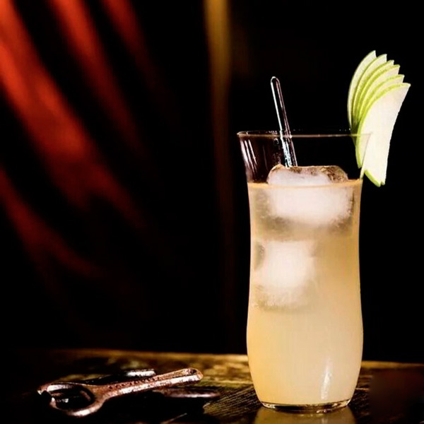 Cóctel Gin Fizz de Manzana